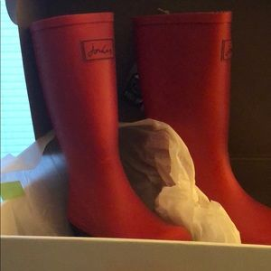 Joules red roll up wellies new in box. Size 7
